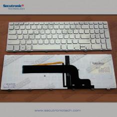 Tastatura laptop iluminata noua Dell Inspiron 15 7000 Series 7537 7737