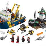 Nava De Explorare In Largul Marii 60095