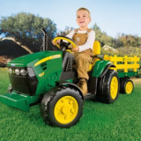 Peg Perego - Jd Ground Force W/Trailer - Masinuta electrica copii