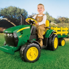 Peg Perego - Jd Ground Force W/Trailer