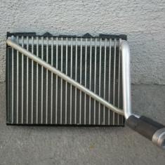 Calorifer clima Volkswagen Passat B5 anii 1996 - 2004 - Radiator aer conditionat, PASSAT Variant (3B5) - [1997 - 2000]