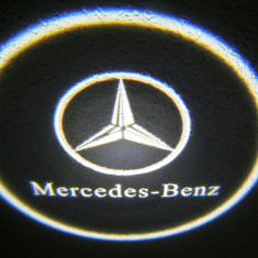 Set 2xProiector LED CREE LOGO sigla Mercedes Benz auto fata portiere - Proiectoare tuning, Universal