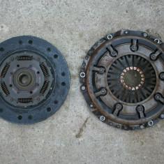 Kit ambreiaj (placa si disc) Volkswagen Passat B5 motor 1.9 TDI anii 1996 - 2000, PASSAT Variant (3B5) - [1997 - 2000]