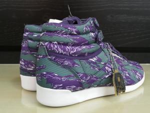 39_Adidasi  originali femei REEBOK_din panza