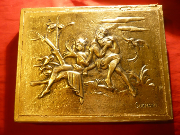 Cutie Bomboane Suchard ,aurita ,cu imagine idilica in relief , 27x21 cm foto mare