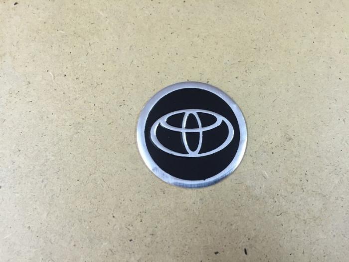 emblema capac roata TOYOTA  60 mm foto mare