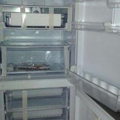 Vand Combina Frigorifica Alta Ariston HotPoint (Produs Nou/Sigilat), No Frost, A+, Inox, 300-400 l