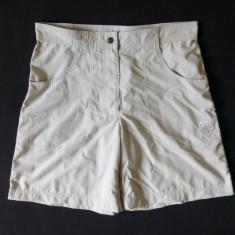 Pantaloni scurti Mammut; marime 40, vezi dimensiuni exacte; impecabili, ca noi - Bermude barbati, Culoare: Din imagine