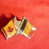 Insigna Prietenia Romania- Canada, metal si email, L= 2, 3 cm