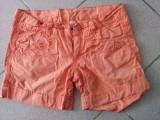 Pantaloni scurti de fete, marca Zara Kids, marimea 11-12 ani, pentru 152 cm