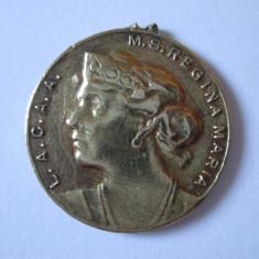MINI MEDALION REGINA MARIA L.A.C.A.A. ANII 20 - Medalii Romania, An: 1920