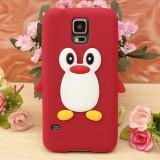 Husa silicon model pinguin Samsung Galaxy S5 G900 i9600 + folie protectie ecran, Rosu