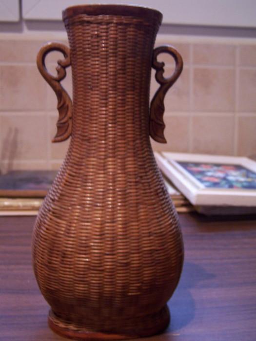Vaza de lemn China, interior metalic, 40 de ani vechime foto mare
