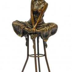 DOAMNA FACAND YOGA - STATUETA DIN BRONZ PE SOCLU DIN MARMURA - sculptura reproducere, Portrete