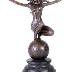 NIMFA - STATUETA DIN BRONZ PE SOCLU DIN MARMURA - sculptura reproducere, Nud