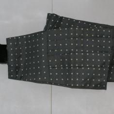 Brau barbati din matase 100% gri cu polka dots marimea ~M - Cravata, Puncte