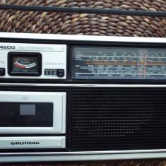 Radio casetofon GRUNDIG C 4200 automatic - Aparat radio