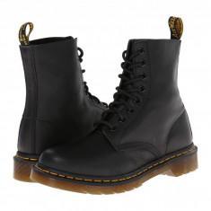 Dr. Martens Pascal 8-Eye Boot | Produs 100% original, import SUA, 10 zile lucratoare - z11409 - Gheata dama Dr Martens, Negru