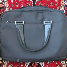 Vand Geanta Leptop SAMS NITE originala ca noua (intra un leptop de 17) - Geanta laptop Samsonite, Geanta de umar, Negru