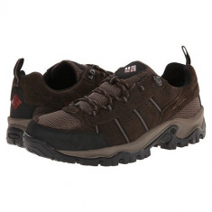 Pantofi trekking, impermeabili Columbia Grants Pass Low Waterproof (CLM-BM3966-COR) - Adidasi barbati Columbia, Marime: 40, 44, 45, Culoare: Maro