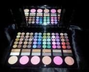 123123Trusa de machiaj make up fard farduri profesionala 78 culori 6 blush pudra ruj