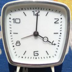 Ceas Victoria - 4 Rubine - Ceas de masa
