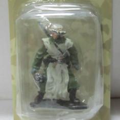 3002.Soldat din plumb Infanterie Soldat Winter  1941-42  AL III REICH