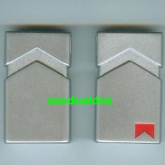 BRICHETA MARLBORO METALICA - FLACARA ANTIVINT-RARITATE! ABSOLUT NOUA, NEUTILIZATA - Bricheta Zippo Marlboro, Tip: Moderna (1970 -acum)