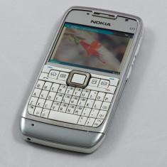 Telefon mobil Nokia E71  stare foarte buna, Negru, Neblocat
