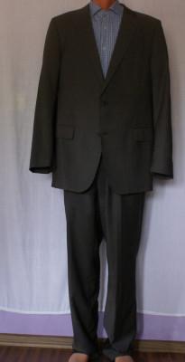 Costum barbati JOOP maro marimea 52 din lana 100% foto