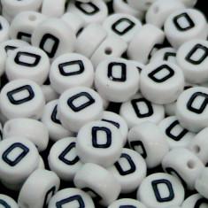 100buc Margele plastic acril, alfabet, albe, litera D, forma rotunda, 7 x 4 mm