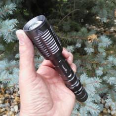 Lanterna Originala TrustFire Z5 cu ZOOM si Led CREE XM-L2 NOU