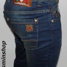 Blugi DSQUARED - Model Conic - NOUA COLECTIE !!! - Blugi barbati, Marime: 30, 31, Culoare: Albastru, Lungi, Prespalat, Skinny