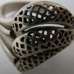 Inel vechi din argint (136) - de colectie