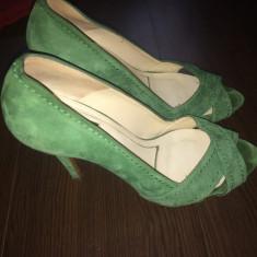 Pantofi Zara piele intoarsa, purtati de 2 ori, mar. 38 - Pantof dama Zara, Culoare: Verde