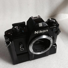 Vand NIKON EM body cu motor drive NIKON MD-E - Aparat Foto cu Film Nikon