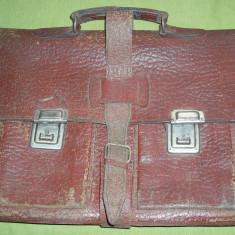 Servieta din piele perioada comunista RSR perceptor (13 Decembrie Sibiu) - Geanta vintage
