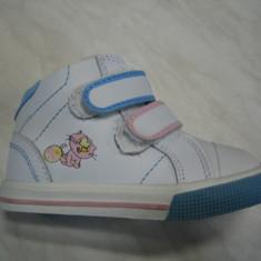 Pantofi sport copii unisex WINK;cod FJ895-1V(roz-alb);-2V(rosu-alb);marime:22-27 - Adidasi copii Wink, Marime: 23, 25, 26, Piele naturala