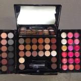 Trusa fard, 148 culori, Trusa make-up