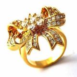 Superb inel 9K gold filled cu cristale Swarovski.  Marimea 7