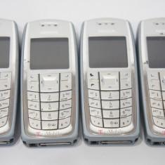 Telefon mobil Nokia 3120 codat