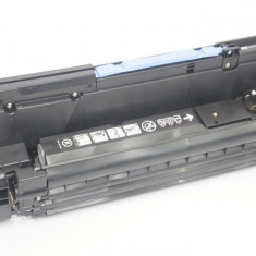 Drum unit OEM Black CB384A HP Color Laserjet CM6040 partial folosit - Cilindru imprimanta