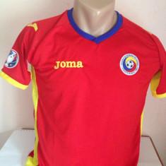 SET ECHIPAMENT ROMANIA DEPLASARE EURO 2016 5-15ANI(116, 128, 140, 152, 164, 176) - Set echipament fotbal, Marime: Marime universala