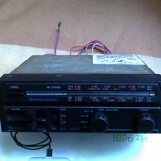 RADIO AUTO ELECTRONICA SR 3003, STEREO, FUNCTIONEAZA .