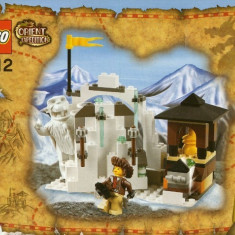 LEGO 7412 Yeti's Hideout