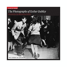 Fields of Vision: The Photographs of Esther Bubley: The Library of Congress - Carte in engleza
