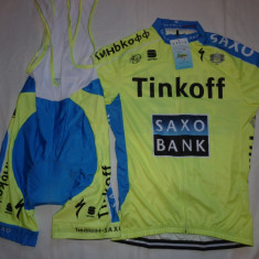 Echipament ciclism XXXL complet Tinkoff saxo bank set pantaloni tricou, Tricouri