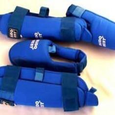 Tibiere WKF*Piele artificiala*Albastru*M - Accesorii box