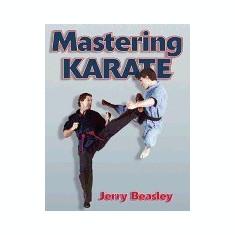 Mastering Karate - Carte in engleza