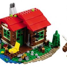 LEGO Creator Casuta De Pe Malul Lacului - 31048